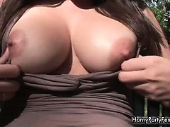big-boobed-horny-brunette-showing-her-part6