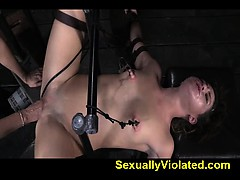fucked-by-machine-orgasms-squirting-2