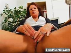 mature-hot-lady-masturbating-in-the-office