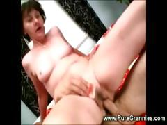 toothless-granny-suck-n-fuck-action