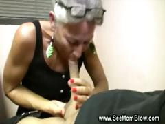 Mature lady loves sucking yong guys hard cock