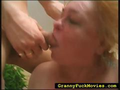 extreme-granny-hard-fucked-in-wild-3some