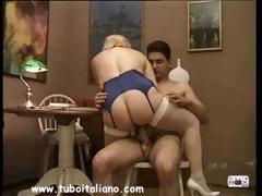 italian-blonde-milf-quarantenne-ita
