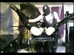 hot-slave-girl-gets-her-pussy-tortured