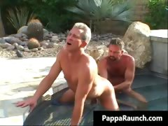 hot-body-sexy-men-gets-his-white-part3