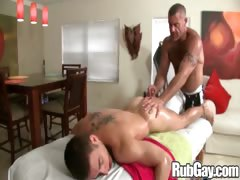 Rubgay Twink Gets Sensual Massage